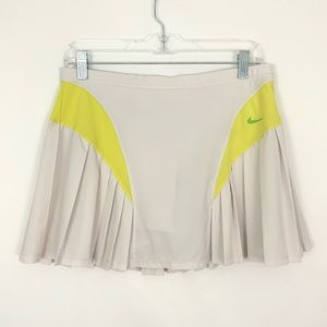 Nike Dri-Fit pleated Tennis Skort
